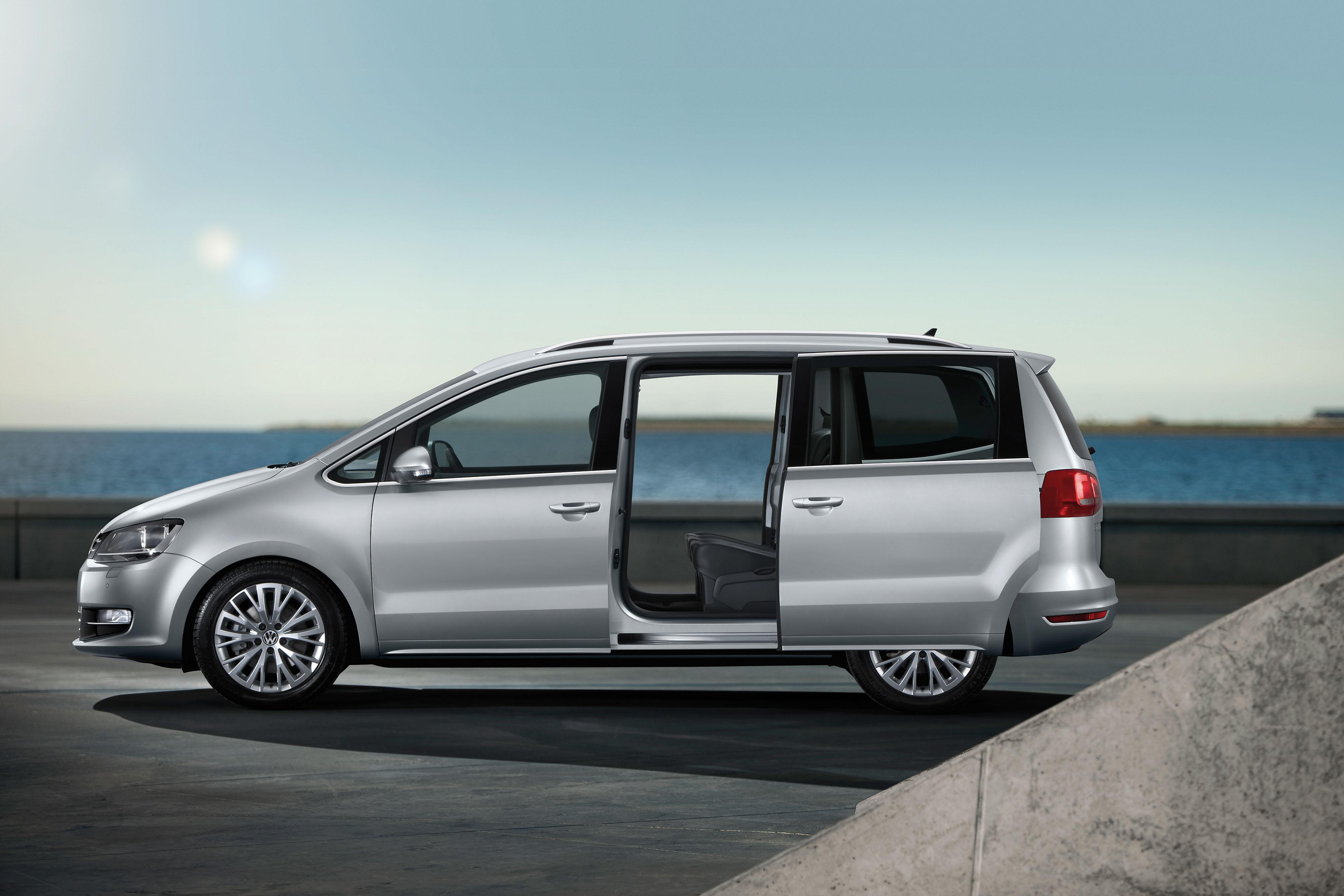 Volkswagen sharan zijkant deur open