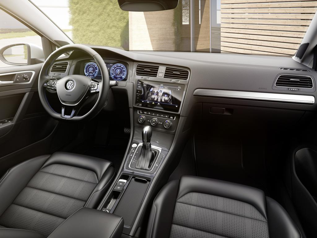 Volkswagen e-Golf interieur