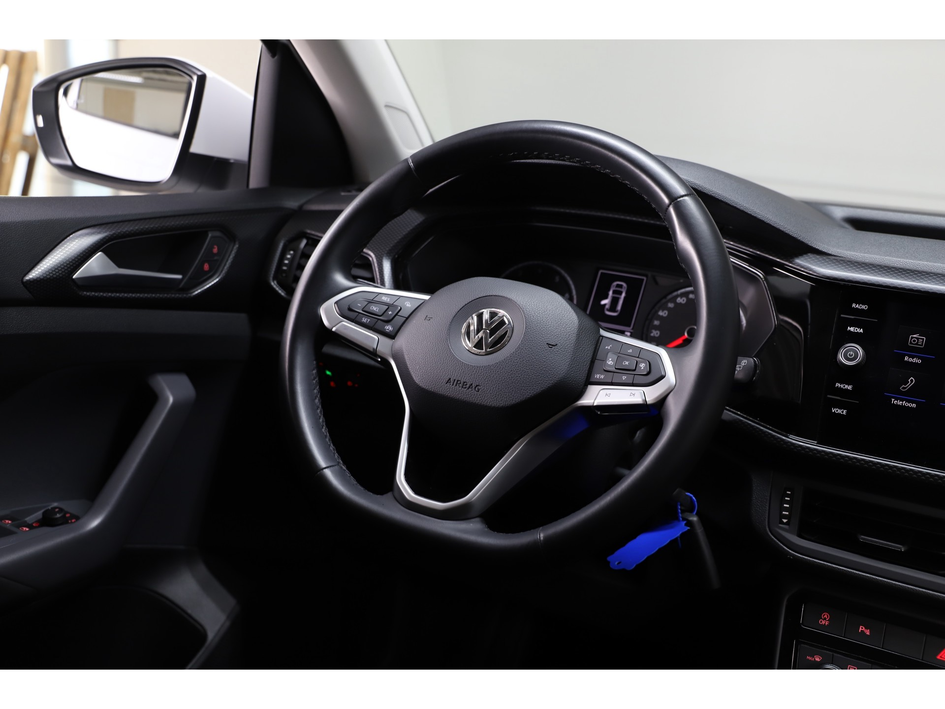 Volkswagen - T-Cross 1.0 TSI 95pk Life R-Line - 2020